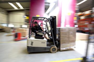 Odborník pro logistiku skladování